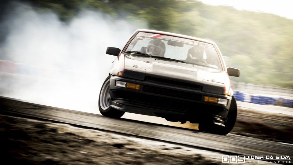 Enjoy the Ride More - Salbris - Thomas Kedra Takumi Toyota Trueno AE86 Drift Car Lazy Drifters 01.jpg
