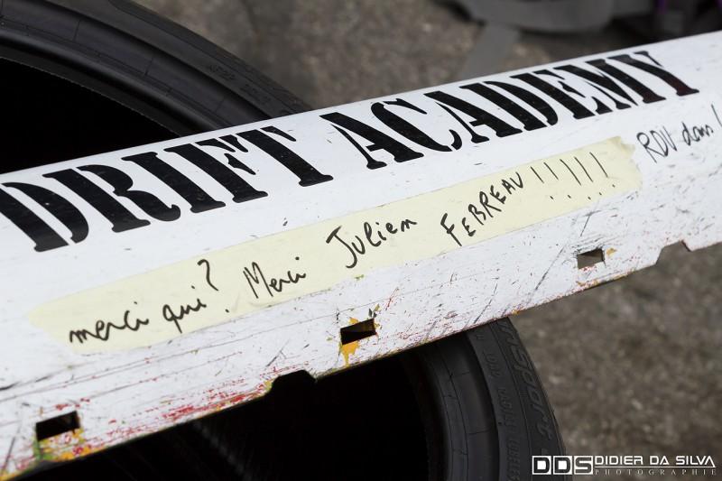Bas de caisse de la Ford Mustang du Championnat de France de Drift signé par Julien Fébreau