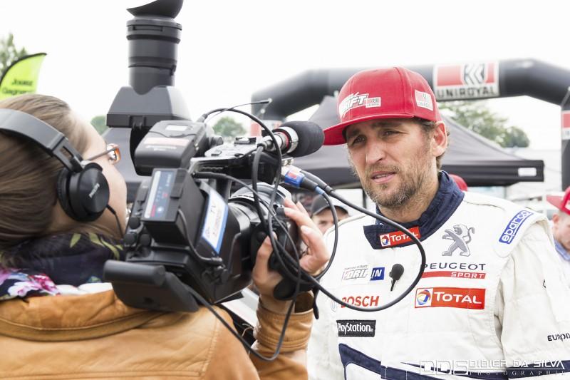Franck Montagny qui répond aux questions de Motors TV