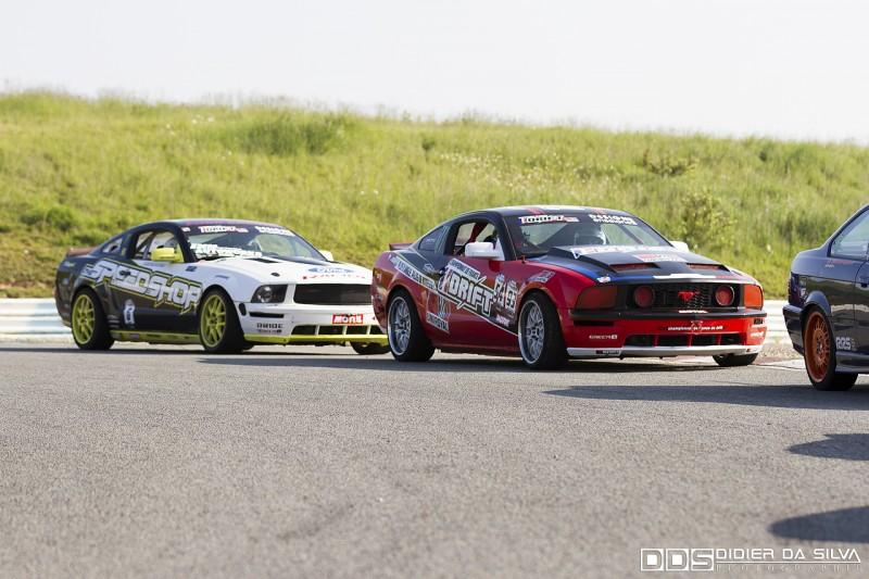 Les Ford Mustang du Championnat de France de Drift