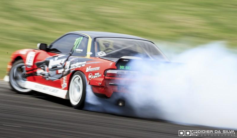 Patrick Vassia qui se fait plaisir dans sa Nissan PS13