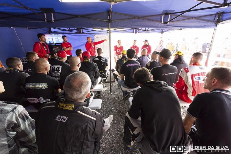 Breifing des pilotes round 5 2014
