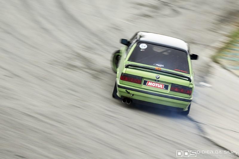 Aymeric Esclarmonde dans sa BMW