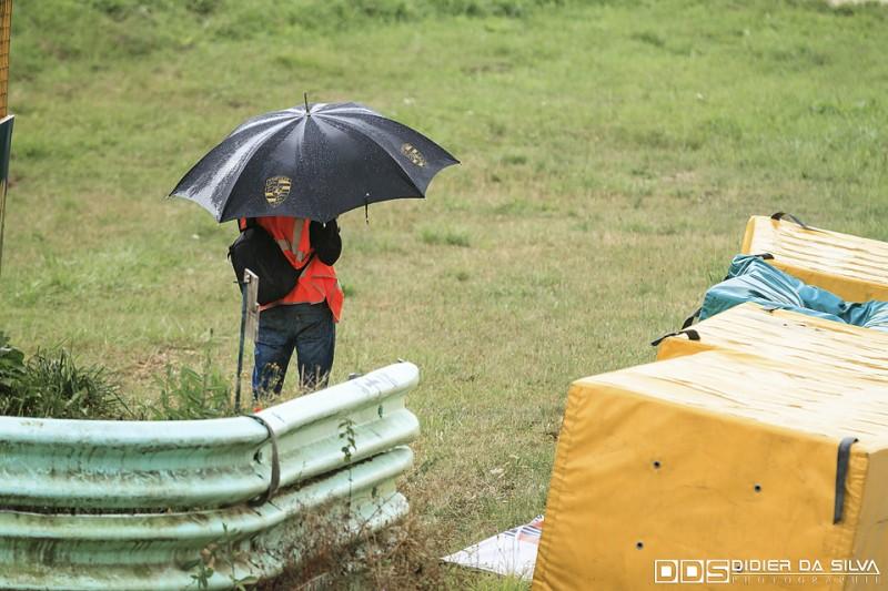 Photographe du round 5 sous la pluie