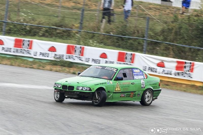 Julien Waroux dans sa BMW E36