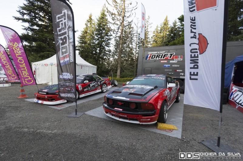 La voiture du championnat de france 2014 une Ford Mustang Uniroyal